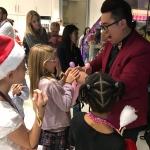 Balloon Twister: birthday parties hong kong childrens shows magic juggling functions birthdays party hong kong 生日會派對、小丑、扭汽球、雜耍雜技, 舞蹈  遊戲, 小丑扭汽球、雜耍雜技