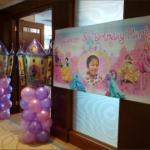 Balloon Decorations: birthday parties hong kong childrens shows magic juggling functions birthdays party hong kong 生日會派對、小丑、扭汽球、雜耍雜技, 舞蹈  遊戲, 小丑扭汽球、雜耍雜技