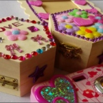 Cool Crafts Company: birthday parties hong kong childrens shows magic juggling functions birthdays party hong kong 生日會派對、小丑、扭汽球、雜耍雜技, 舞蹈  遊戲, 小丑扭汽球、雜耍雜技