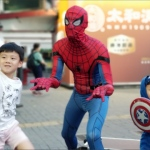Superheros: birthday parties hong kong childrens shows magic juggling functions birthdays party hong kong 生日會派對、小丑、扭汽球、­雜耍雜技, 舞蹈  遊戲, 小丑扭汽球、雜耍雜技